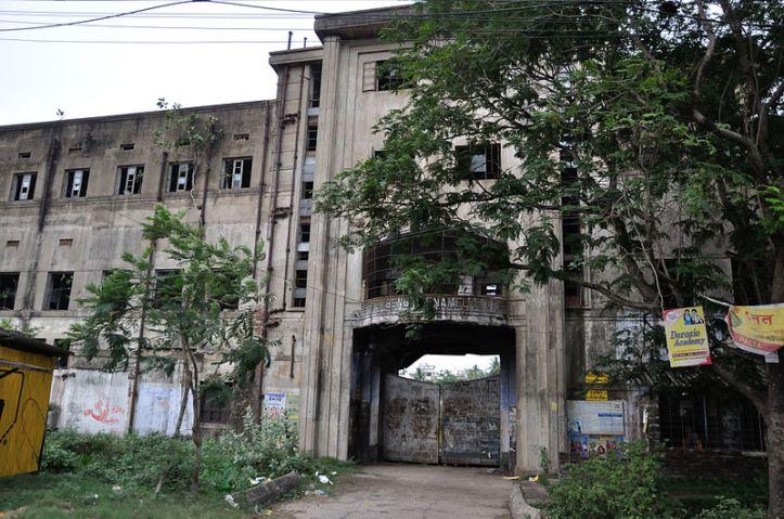 800px-Bengal_Enamel_Works_Limited_-_Palta_-_North_24_Parganas_2012-04-11_9658