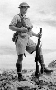 British-soldier-in-desert-portrait