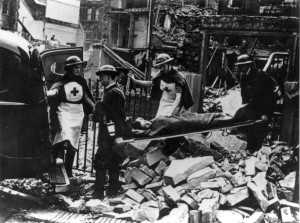 A-Mobile-Unit-clearing-casualtiesafter-an-air-raid