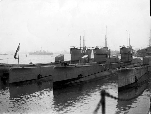 Submarine_Flotilla_1933_at_Gosport