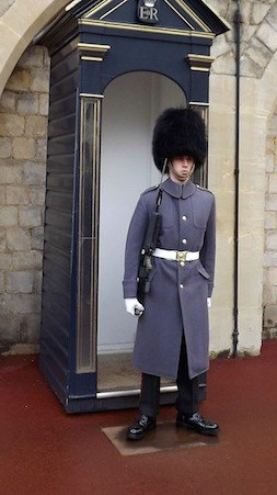 Sentry-in-the-Lower-Ward-of-Windsor-Castle1