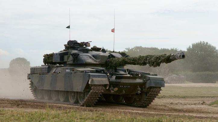 Chieftain_Tank_(9628802829)